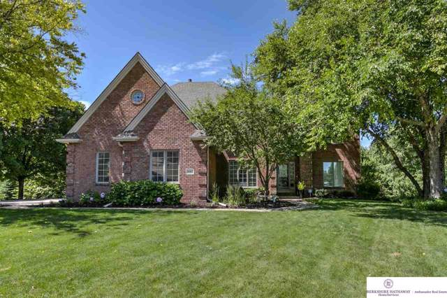 18407 William Circle, Omaha, NE 68130 (MLS #22000061) :: Omaha Real Estate Group