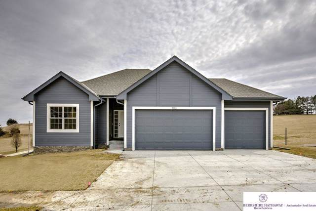 622 S 17 Street, Fort Calhoun, NE 68023 (MLS #22000493) :: One80 Group/Berkshire Hathaway HomeServices Ambassador Real Estate
