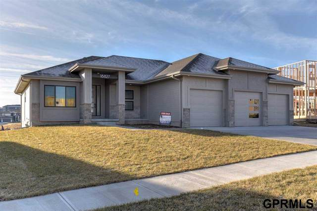 3010 N 184th Street, Elkhorn, NE 68022 (MLS #22000633) :: The Briley Team