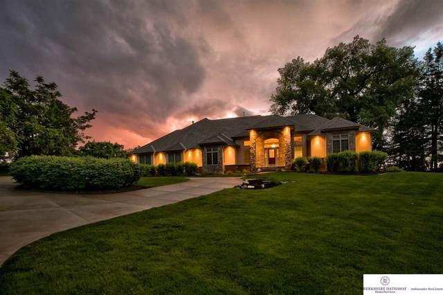 210 Skyline Drive, Omaha, NE 68022 (MLS #22000644) :: Omaha's Elite Real Estate Group