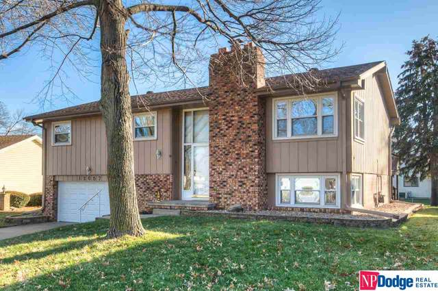 12057 Ohio Circle, Omaha, NE 68164 (MLS #22000848) :: The Briley Team