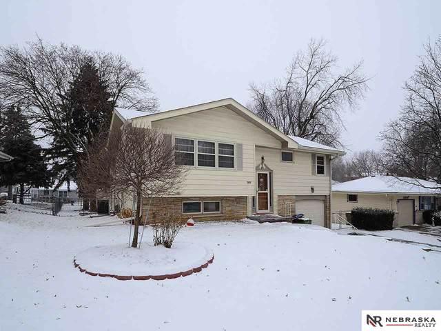 3805 Groves Road, Bellevue, NE 68147 (MLS #22001037) :: Dodge County Realty Group