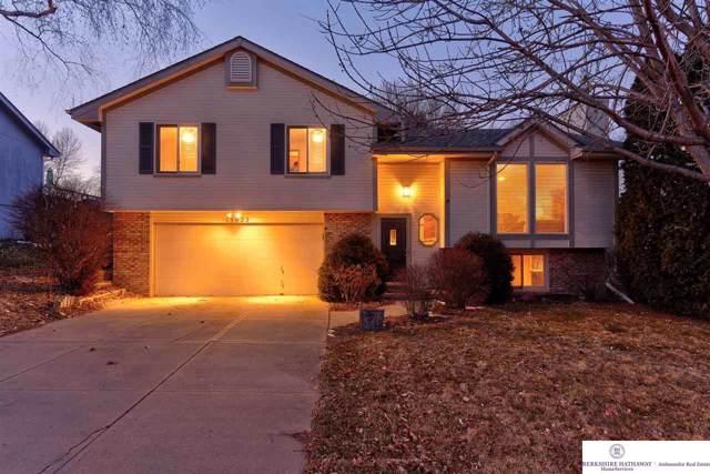 15922 O Circle, Omaha, NE 68135 (MLS #22001164) :: Omaha Real Estate Group