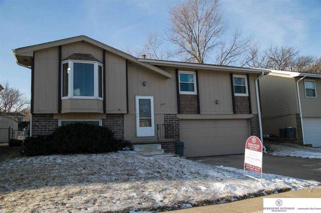 13653 V Street, Omaha, NE 68137 (MLS #22001241) :: One80 Group/Berkshire Hathaway HomeServices Ambassador Real Estate