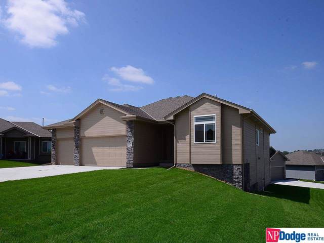 12933 Eagle Circle, Omaha, NE 68142 (MLS #22001251) :: Omaha Real Estate Group