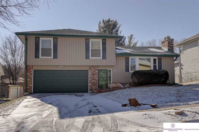14617 Holmes Street, Omaha, NE 68137 (MLS #22001290) :: One80 Group/Berkshire Hathaway HomeServices Ambassador Real Estate