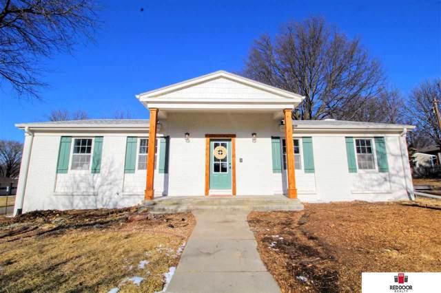3400 Stockwell Street, Lincoln, NE 68506 (MLS #22001364) :: One80 Group/Berkshire Hathaway HomeServices Ambassador Real Estate