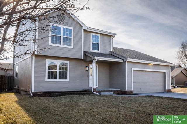 16413 Z Street, Omaha, NE 68135 (MLS #22001406) :: One80 Group/Berkshire Hathaway HomeServices Ambassador Real Estate