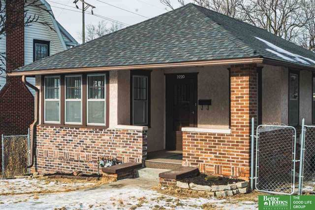 3220 Pacific Street, Omaha, NE 68105 (MLS #22001463) :: Coldwell Banker NHS Real Estate