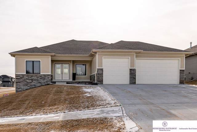 18301 Sherwood Avenue, Omaha, NE 68022 (MLS #22001626) :: Coldwell Banker NHS Real Estate