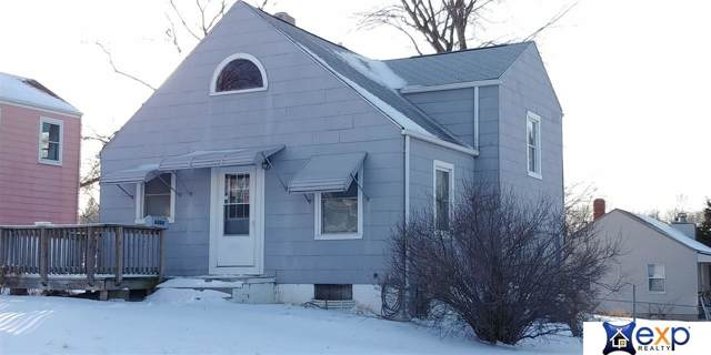 6204 Campbell Avenue, Omaha, NE 68107 (MLS #22001656) :: Coldwell Banker NHS Real Estate