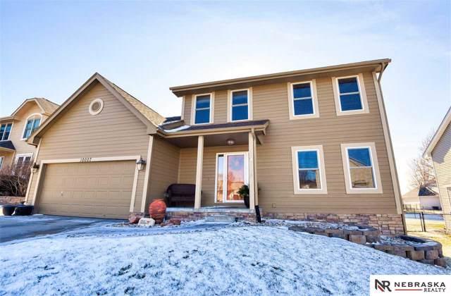10007 Floyd Street, La Vista, NE 68128 (MLS #22001698) :: Coldwell Banker NHS Real Estate