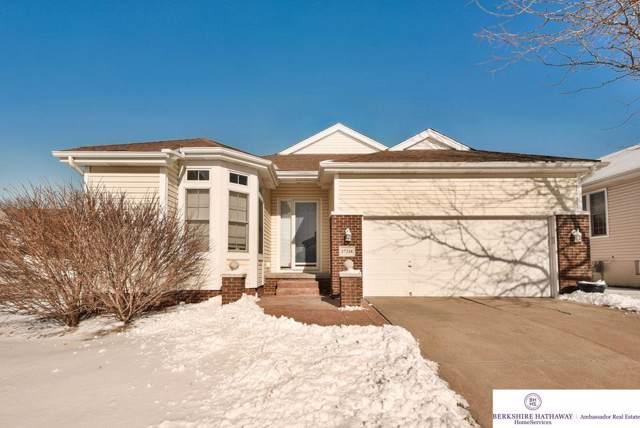 17216 Walnut Plaza, Omaha, NE 68130 (MLS #22001719) :: Omaha Real Estate Group