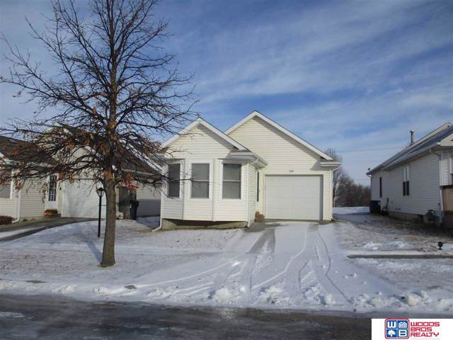 924 W Washington Place, Lincoln, NE 68522 (MLS #22001729) :: Omaha Real Estate Group