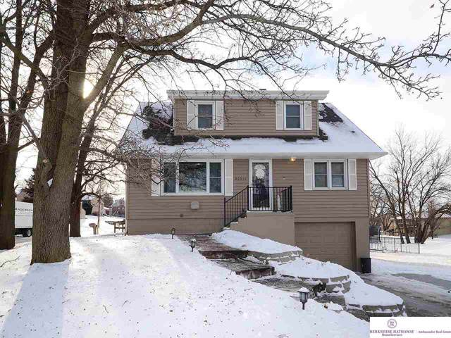 20501 Cleveland Street, Omaha, NE 68022 (MLS #22001773) :: Omaha Real Estate Group