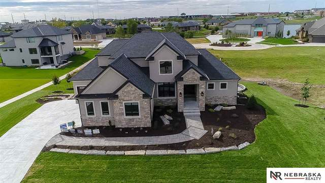7721 S 97th Bay, Lincoln, NE 68526 (MLS #22001841) :: Dodge County Realty Group