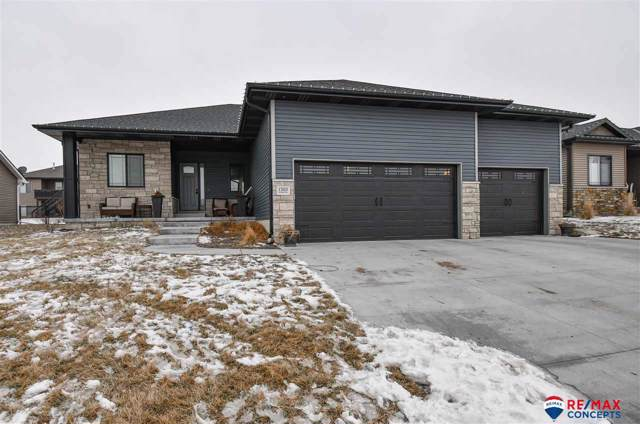 1203 Autumn Road, Hickman, NE 68372 (MLS #22002015) :: Dodge County Realty Group