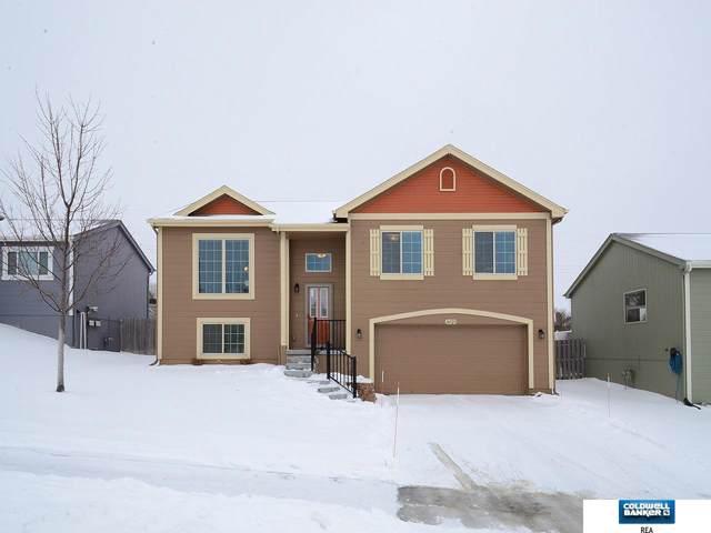 16525 Meredith Avenue, Omaha, NE 68116 (MLS #22002016) :: Omaha Real Estate Group