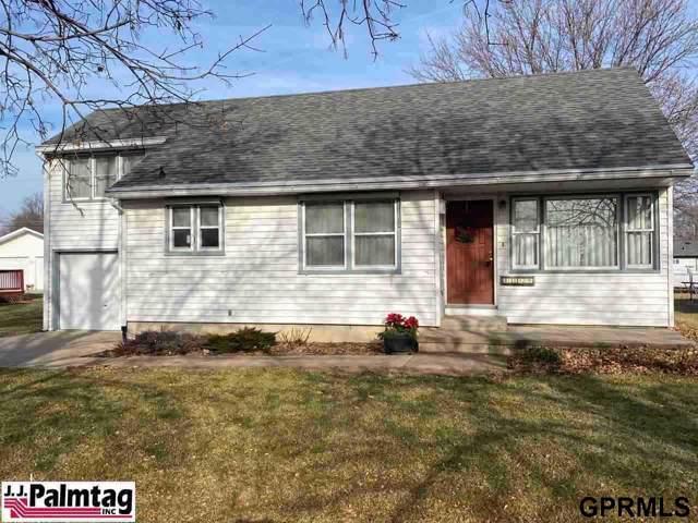 1112 9th Street, Auburn, NE 68305 (MLS #22002101) :: Omaha's Elite Real Estate Group