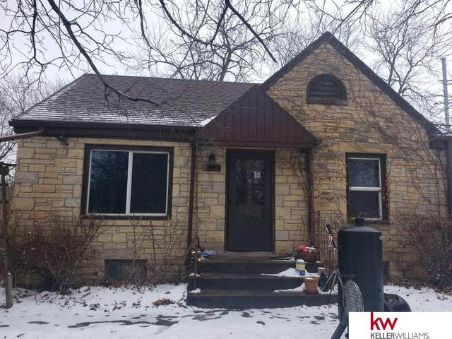 2318 N 63 Street, Lincoln, NE 68507 (MLS #22002185) :: Complete Real Estate Group