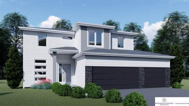 11916 S 111 Avenue Circle, Omaha, NE 68046 (MLS #22002486) :: Dodge County Realty Group