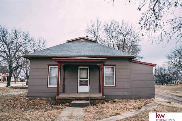 654 Guthrie Street, Superior, NE 68978 (MLS #22002683) :: Lincoln Select Real Estate Group