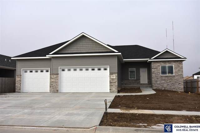 7810 Maxine Drive, Lincoln, NE 68516 (MLS #22002688) :: Dodge County Realty Group