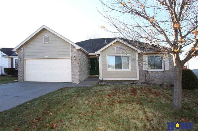 1725 Meadow Lark Circle, Lincoln, NE 68521 (MLS #22002739) :: Complete Real Estate Group