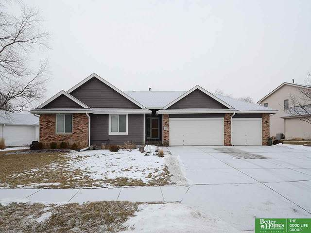 7022 S 167 Street, Omaha, NE 68136 (MLS #22002760) :: Dodge County Realty Group