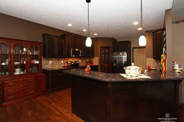 9515 S 28th Street, Lincoln, NE 68516 (MLS #22002918) :: Dodge County Realty Group