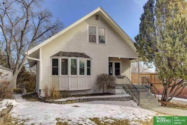 1421 S 52nd Street, Omaha, NE 68106 (MLS #22002962) :: Dodge County Realty Group