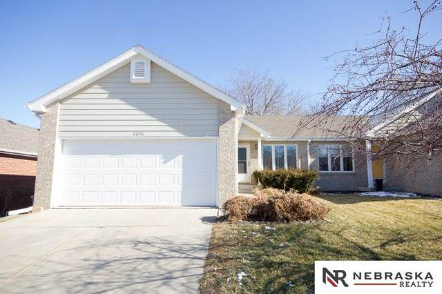 6046 Old Farm Circle, Lincoln, NE 68512 (MLS #22003003) :: kwELITE