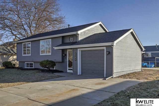 2195 Parker Circle, Omaha, NE 68110 (MLS #22003008) :: Dodge County Realty Group