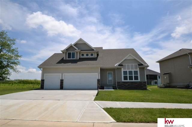 655 N 10 Avenue, Springfield, NE 68059 (MLS #22003026) :: Complete Real Estate Group