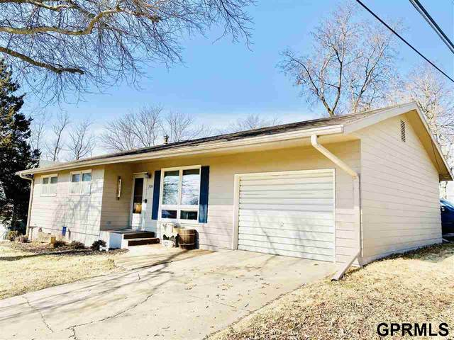 709 12th Street, Fairbury, NE 68352 (MLS #22003104) :: Stuart & Associates Real Estate Group