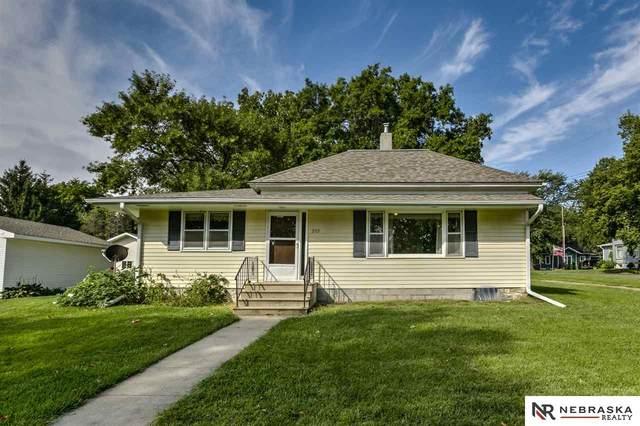209 Pine Street, Panama, NE 68419 (MLS #22003183) :: Lincoln Select Real Estate Group