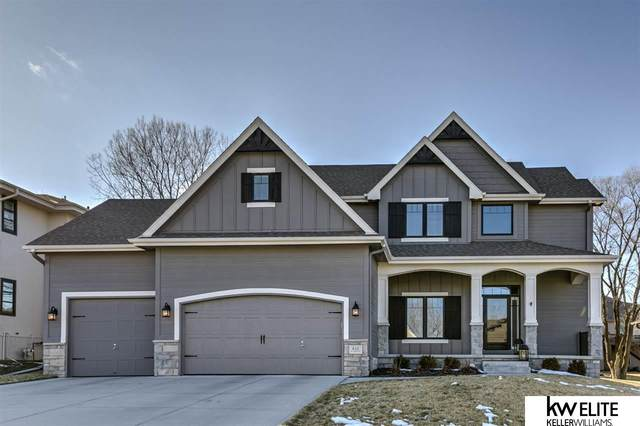 810 S 185 Street, Elkhorn, NE 68022 (MLS #22003294) :: Dodge County Realty Group