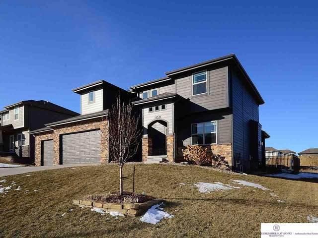 11520 S 110 Street, Papillion, NE 68046 (MLS #22003376) :: One80 Group/Berkshire Hathaway HomeServices Ambassador Real Estate