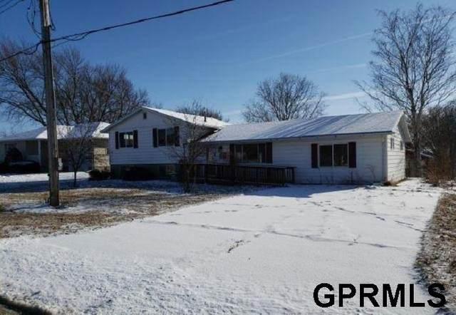 915 Diamond Street, Lyons, NE 68038 (MLS #22003460) :: kwELITE