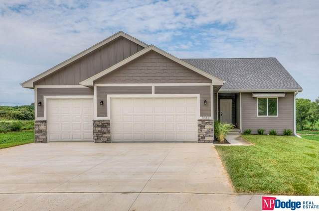 3086 Sunridge Circle, Blair, NE 68008 (MLS #22003495) :: One80 Group/Berkshire Hathaway HomeServices Ambassador Real Estate