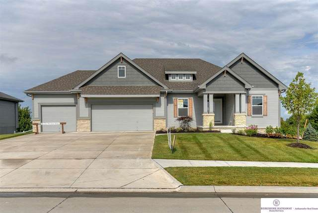 10620 S 191 Avenue, Gretna, NE 68028 (MLS #22003524) :: Complete Real Estate Group