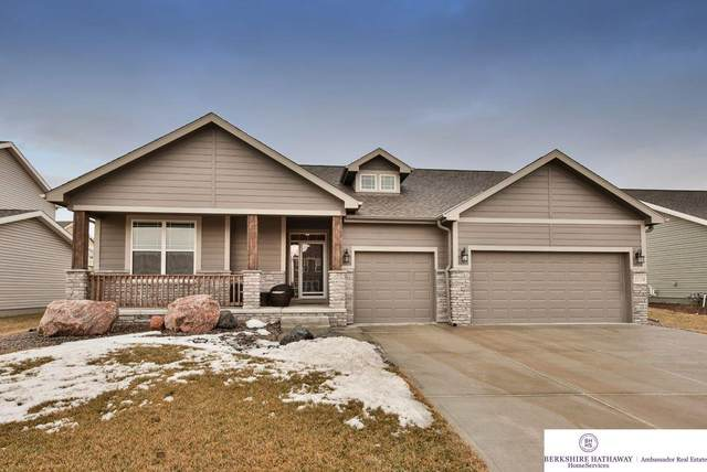 21119 Castlerock Lane, Gretna, NE 68028 (MLS #22003614) :: Complete Real Estate Group