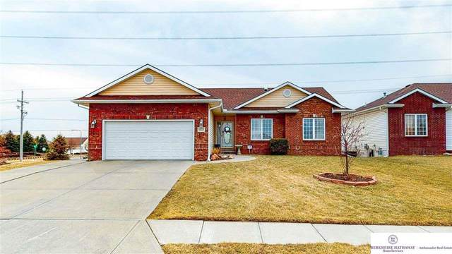 16333 Heather Street, Omaha, NE 68136 (MLS #22003646) :: Complete Real Estate Group
