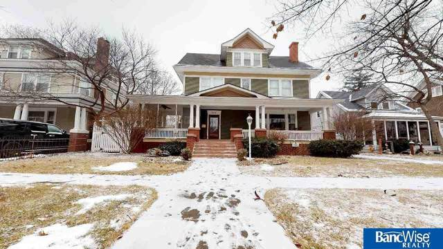 1118 W Division Street, Grand Island, NE 68801 (MLS #22003663) :: Dodge County Realty Group
