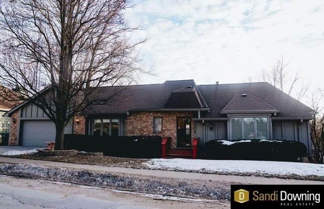406 Ridgewood Drive, Bellevue, NE 68005 (MLS #22003696) :: kwELITE