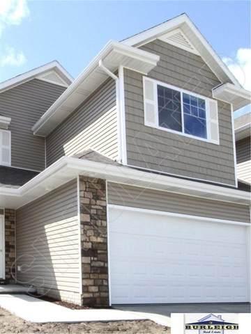 8924 Tumbleweed Drive, Lincoln, NE 68507 (MLS #22003727) :: kwELITE