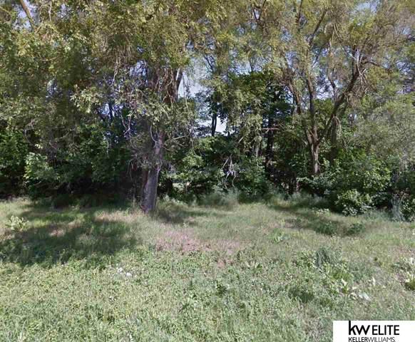 3342 Weber Street, Omaha, NE 68112 (MLS #22003735) :: Omaha Real Estate Group