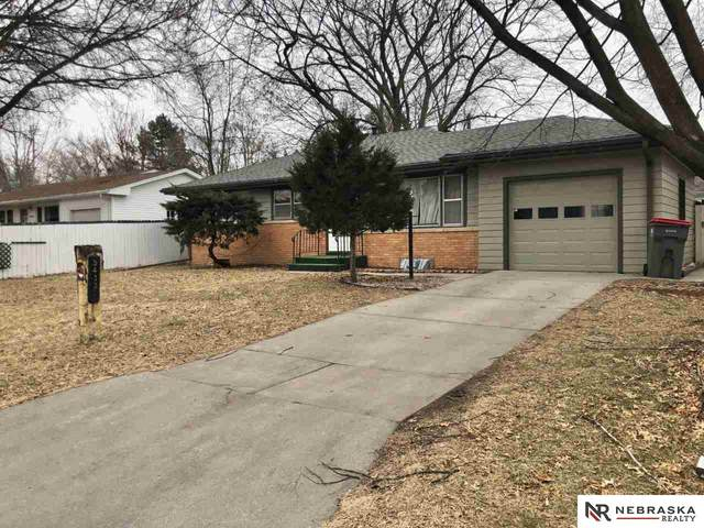 5433 M Street, Lincoln, NE 68510 (MLS #22003744) :: Lincoln Select Real Estate Group