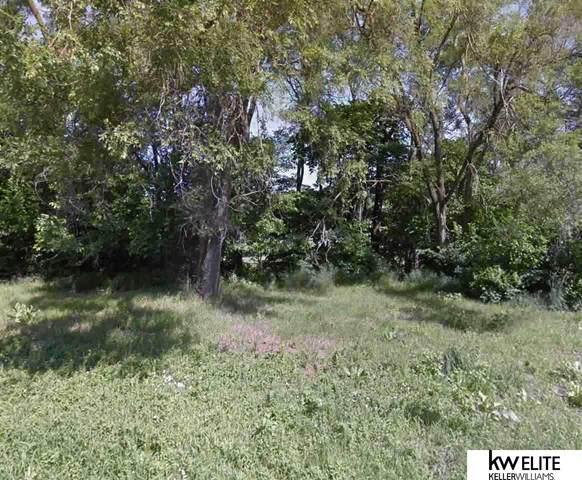 3346 Weber Street, Omaha, NE 68112 (MLS #22003745) :: Omaha Real Estate Group