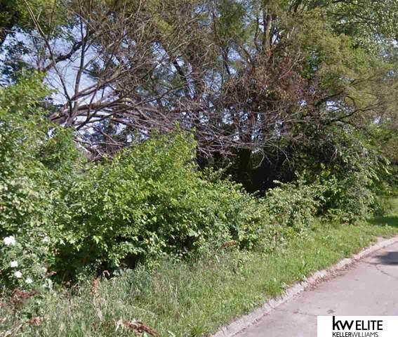 3354 Weber Street, Omaha, NE 68112 (MLS #22003749) :: Omaha Real Estate Group